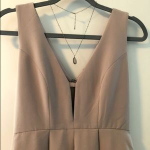 Sleeveless V Neck Pleated Dress | HYFVE